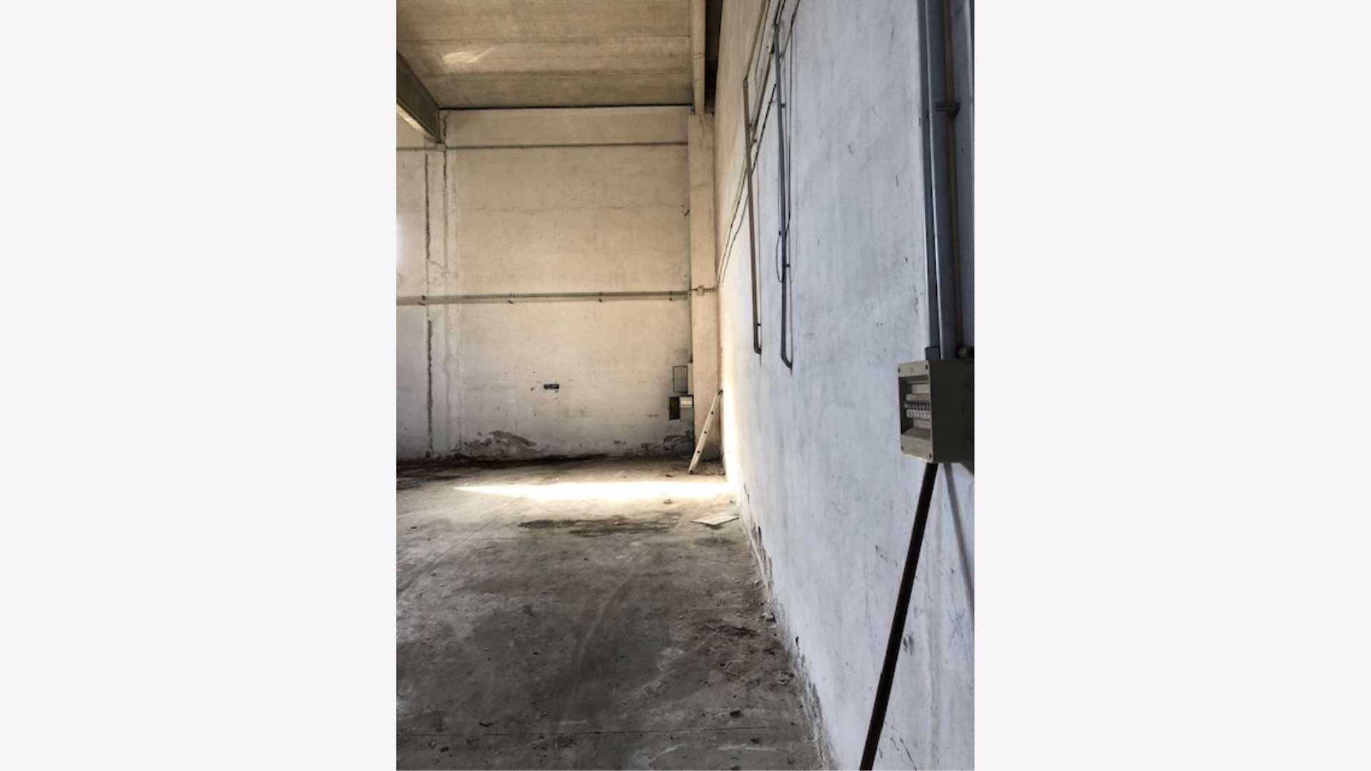 capannoni---salernosa---in-vendita